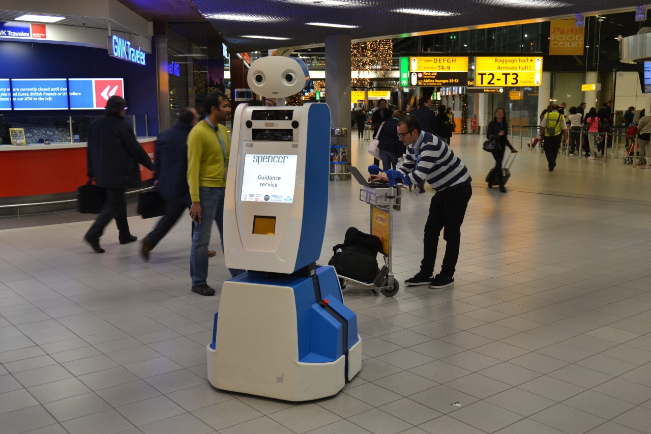 SPENCER_Schiphol_robotik-lynx